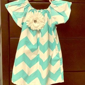 Dress chevron teal and white 2T